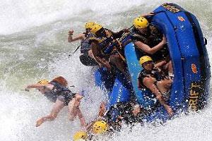 kjong-uganda-safaris-rafting