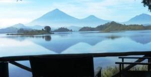 Mutanda-lake-resort.